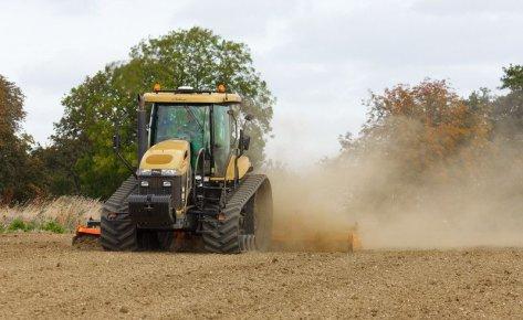 Roads & Farm Equipment and Repair